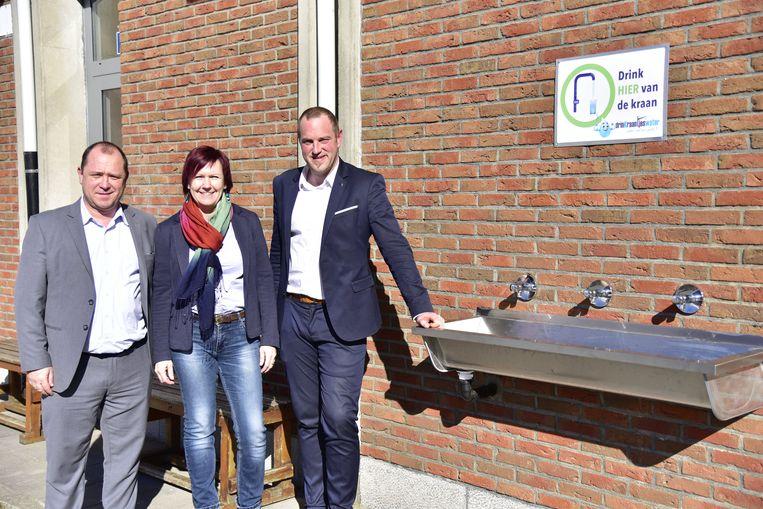 Atheneum Geraardsbergen mag zich officieel Kraantjeswaterschool noemen.