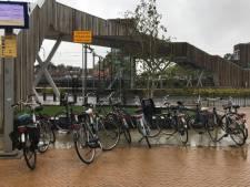 Rheden pakt overlast aan van fout geparkeerde fietsen