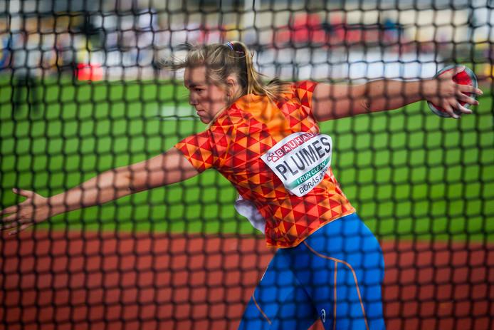 Atlete Janneke Pluimes, afkomstig uit Dussen, tijdens het discuswerpen in de EK-finale.