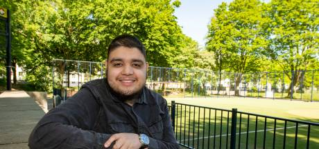 Mohammed Aknin gaat nooit meer weg uit zijn wijk: 'Zet onze hoger opgeleiden in om Stokhasselt vooruit te helpen'