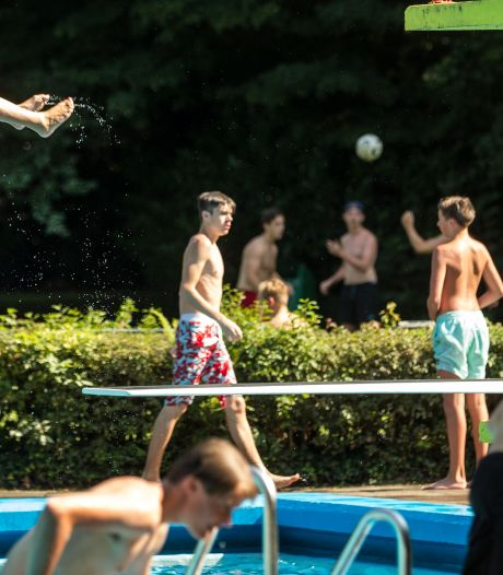 Lekker plonzen in zwembad Zegenwerp? Eerst groot onderhoud
