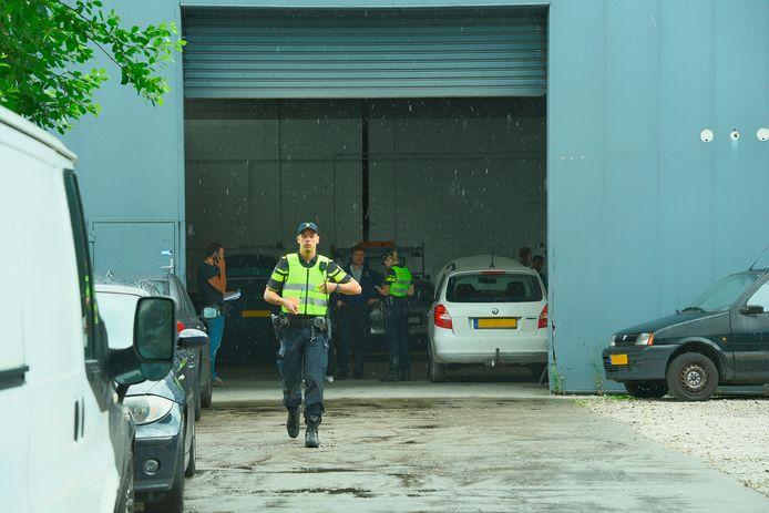 Bij een grote politieactie in 2016 werden ruim veertig autoverhuurbedrijven gecontroleerd waaronder een aantal ondernemingen in Tilburg.