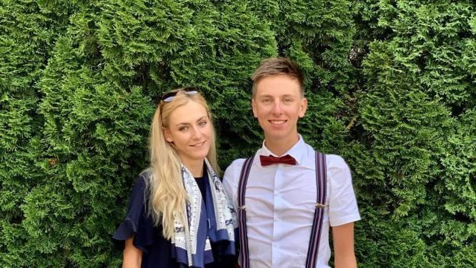 Een opsteker vlak voor het WK: Pogacar en vriendin stappen in het huwelijksbootje