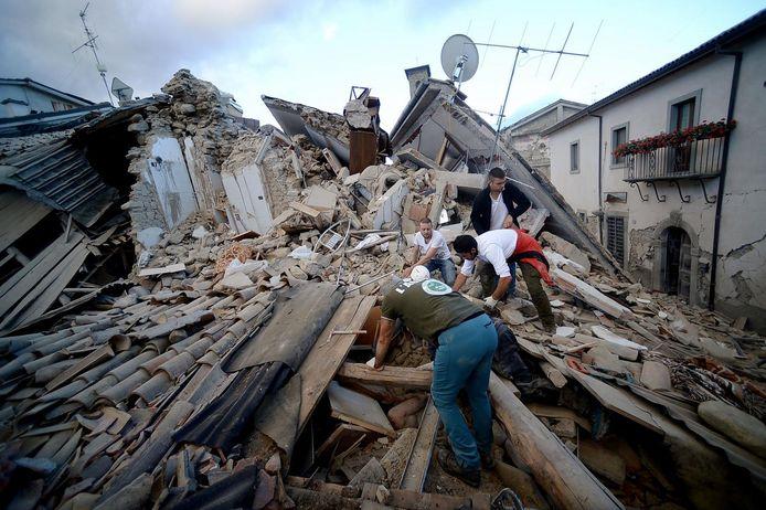 Le centre de l'Italie durement frappé par des tremblements de terre à répétition (Amatrice, 24 août)