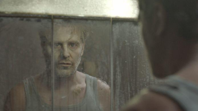 Acteur Tom Vermeir als Dave in de film Hotel Poseidon.