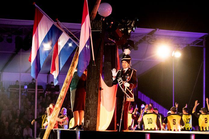 De Vriezenveense Harmonie viert 100 jarig jubileum met een theaterspektakel.