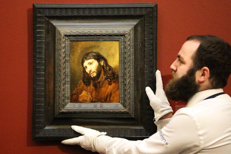 Dit werk van Rembrandt van Rijn uit circa 1655 werd verkocht voor 9,5 miljoen Britse pond (ongeveer 10,67 miljoen euro).
