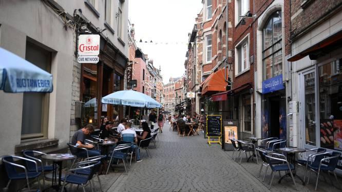 """Man probeert in cafés Oude Markt te betalen met namaakbriefjes: """"Hij had moeten weten dat het om vals geld ging"""""""