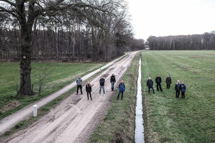 Omwonenden van het toekomstige bedrijventerrein Misterweg, hier aan de Bessinkgoorweg, zijn fel tegen de plannen van de gemeente Winterswijk.