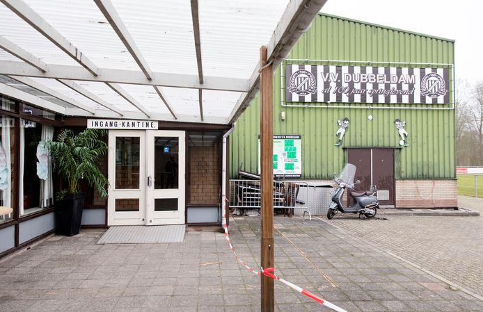 Het clubgebouw van voetbalvereniging VV Dubbeldam, op archieffoto.