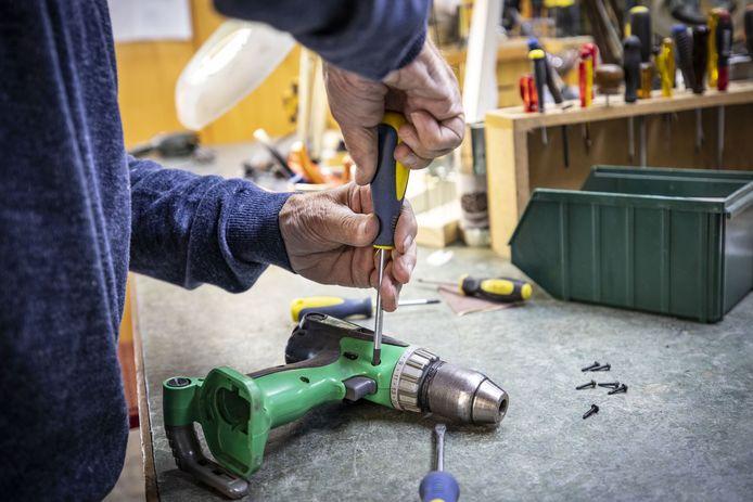 In navolging van Losser wordt er nu ook een Repair Café opgestart in De Lutte. De eerste repareersessie is gepland voor woensdag 22 september in dorpshoes Erve Boerrigter.