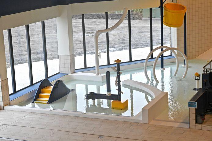 De Zwemkom Wevelgem. Het recreatief gedeelte is nog gesloten.