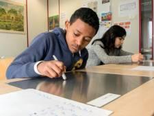 School voor vluchtelingen in Almelo uit de brand: huur gaat stevig omlaag