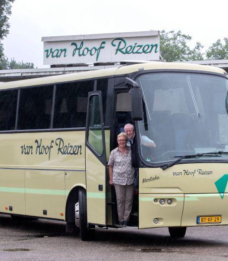 Honderd jaar Van Hoof Reizen in Sint-Oedenrode, en absoluut geen plannen om te stoppen