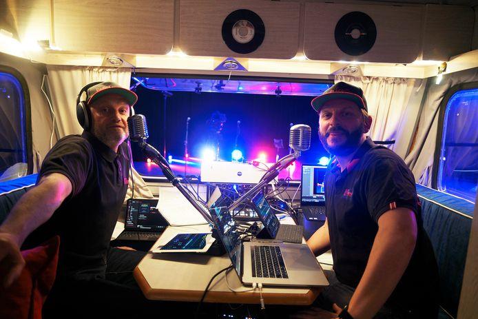 Radio Fragiles streek neer in Glabbeek en voor de gelegenheid maakten de presentatoren er Radio Glabbeek van.
