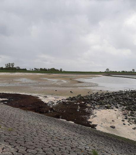 Strandje bij Gorishoek krijgt opfrisbeurt