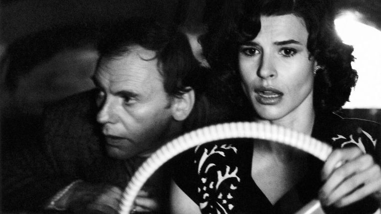 Jean-Louis Trintignant en Fanny Ardant  in Vivement dimanche! van François Truffaut. Beeld