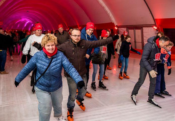 De schaatsbaan op het terrein van Leonidas trekt jaarlijks veel bezoekers. Afgelopen seizoen was een record.