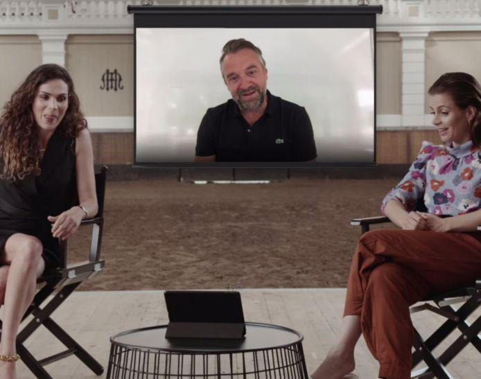 'Undercover'-actrices Anna Drijver en Elise Schaap krijgen een les 'Vlaams voor beginners' van tegenspeler Tom Waes.