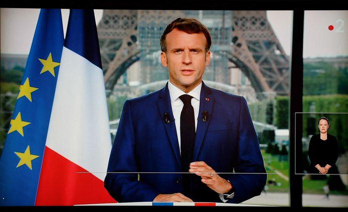President Emmanuel Macron tijdens zijn televisietoespraak.