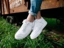 3 astuces efficaces pour rendre leur blancheur à vos baskets usées