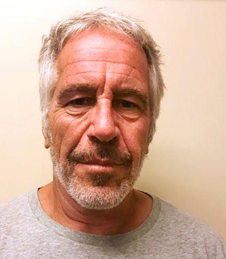 'Misbruikmiljardair' Epstein gewond in cel