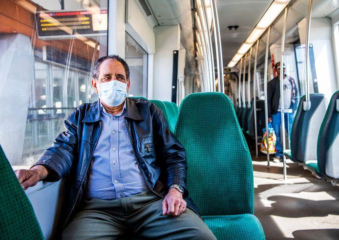 De RET wil dat het drukker wordt in de metro's, want die zijn nog lang niet vol: 'Iedereen is weer welkom'
