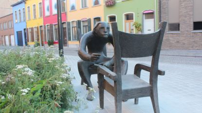 Standbeeld Louis Paul Boon is verhuisd naar plein voor Utopia
