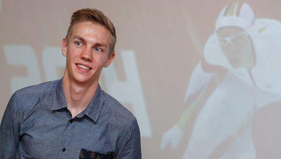 Onze schaats- en skeelerhoop Bart Swings overtuigde de jury met zijn knappe vierde plaats op de 5000 meter op de winterspelen in Sotsji.