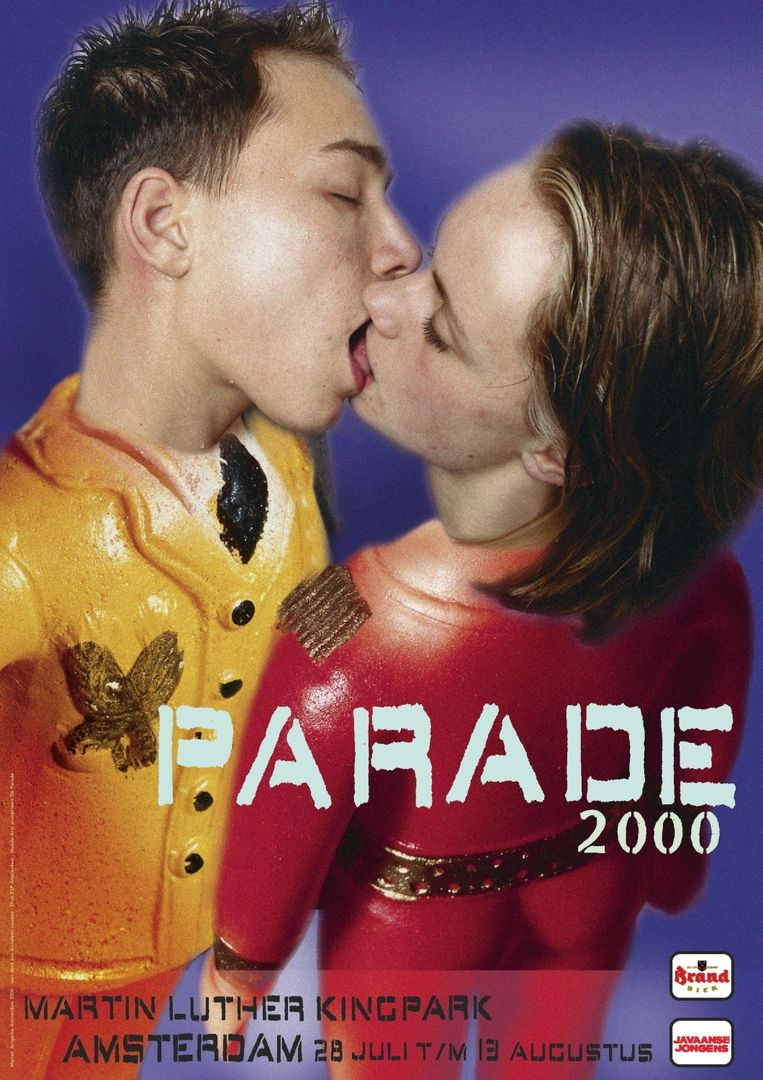 Parade-affiche uit 2000. Beeld null