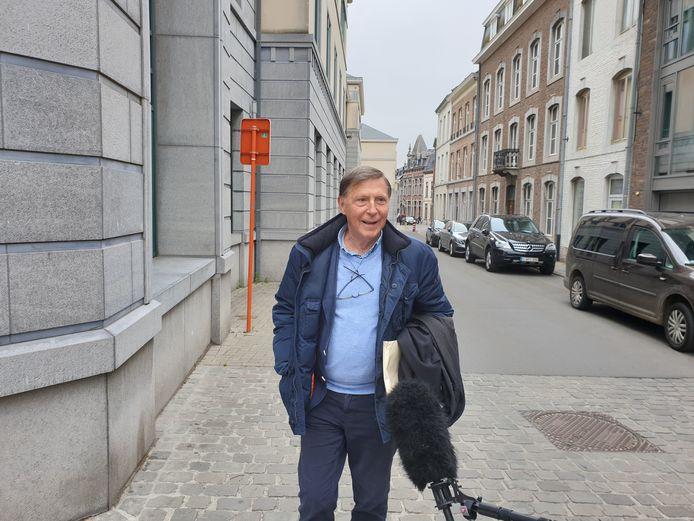 Me Jef Vermassen, avocat de Naima Bouloudo, la sœur du principal suspect, à son arrivée au palais de Justice de Tongres.