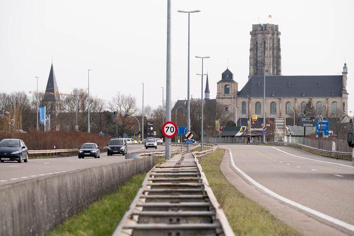 Mechelen wil van het stuk N16 tussen Antwerpsesteenweg en Malinas een stadsboulevard maken.