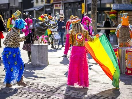 Heibel tijdens het carnaval in Vaassen: 'Al komen jullie met de ME, hij gaat mooi niet mee'