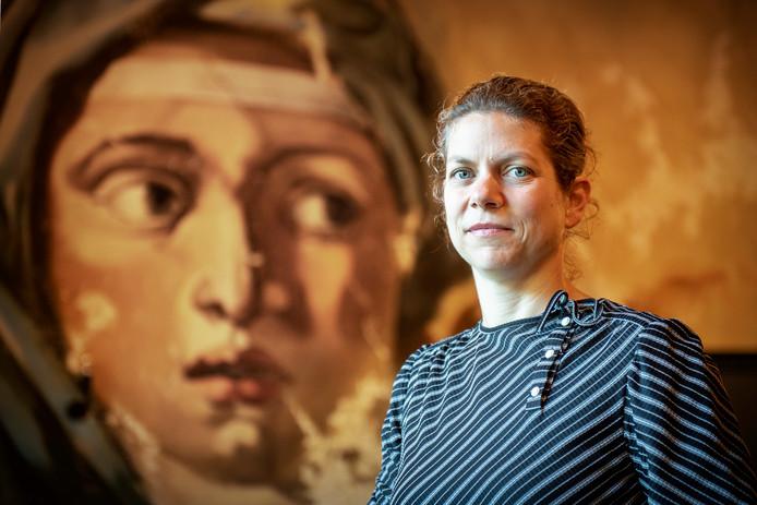 Uitvaartondernemer Irene van Dongen.