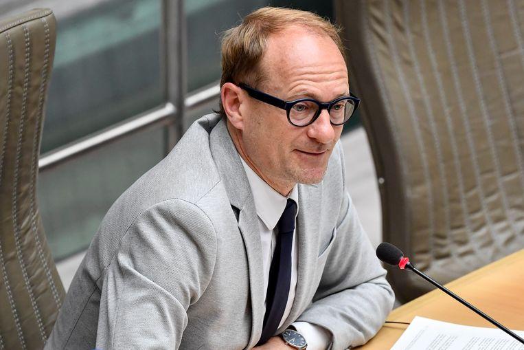 Vlaams sportminister Ben Weyts (N-VA) in het parlement. Beeld BELGA