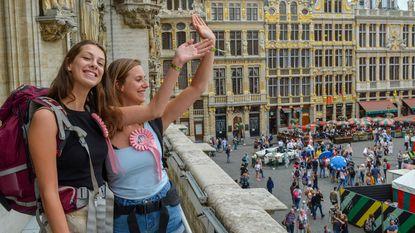 Tweehonderd geliefden trouwen met Brussel