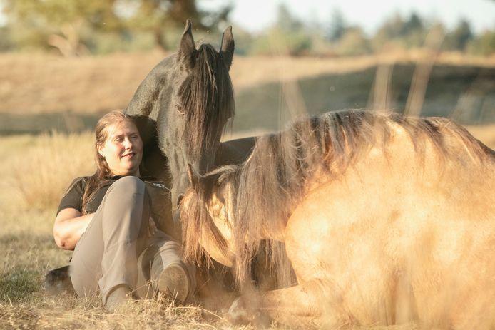"""Daniëlle gaat nooit op vakantie: ,,Ik zou best eens de big five in Afrika willen gaan zien, maar mijn paarden zijn gewoon honderd keer belangrijker."""""""