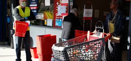 Carrefour ne vendra plus de sacs en plastique aux caisses