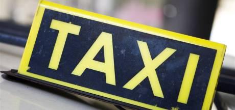 Overvallers taxi bellen dag later weer voor een ritje en krijgen dezelfde chauffeur aan de lijn