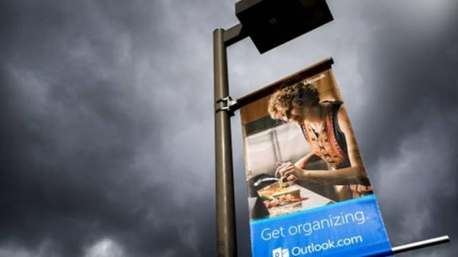 Microsoft zet Google en Facebook uit Outlook