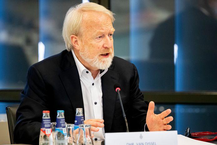 RIVM-directeur Jaap van Dissel tijdens de briefing over het coronavirus in de Tweede Kamer