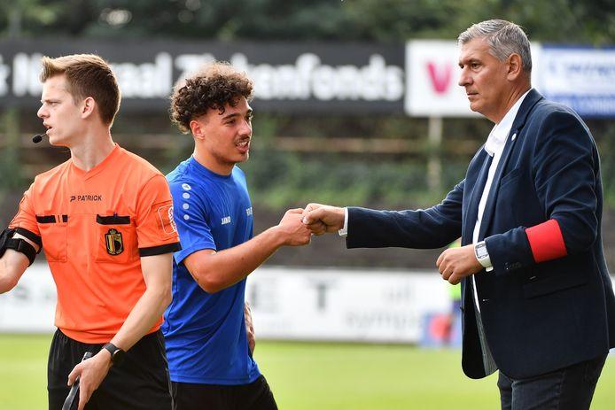 Greg Vanderidt (r.) bij de vervanging van Fabio Polizzi vorige zondag tegen Heist.