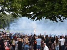Bloemen uitdelen en stenen gooien naar politie: zo verliep de massale demonstratie in Den Haag
