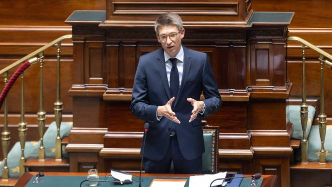 Minister Dermagne geeft banken onvoldoende over plannen bankautomaten