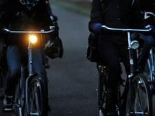 Almelose kroegen gaan fietslampjes verkopen
