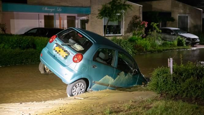 Auto zakt weg in sinkhole: hoe ontstaan ze eigenlijk?