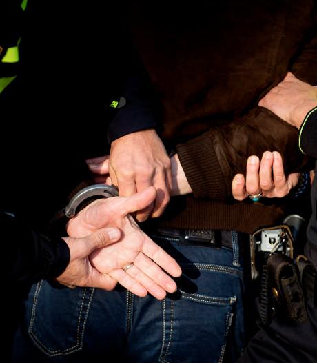 Politie arresteert vijf leden uit Noord-Holland van motorclub Hardliners
