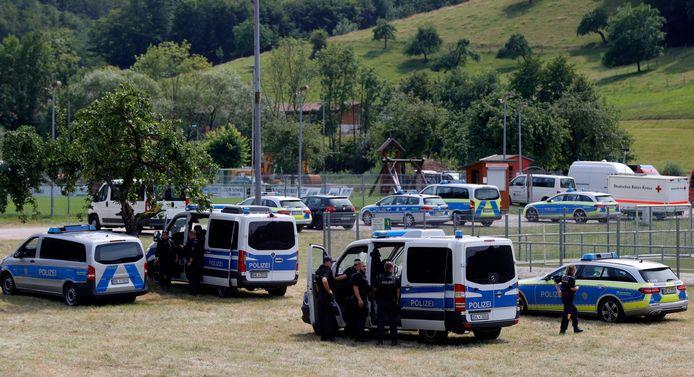 Meer dan 1500 manschappen zijn op zoek naar Rausch