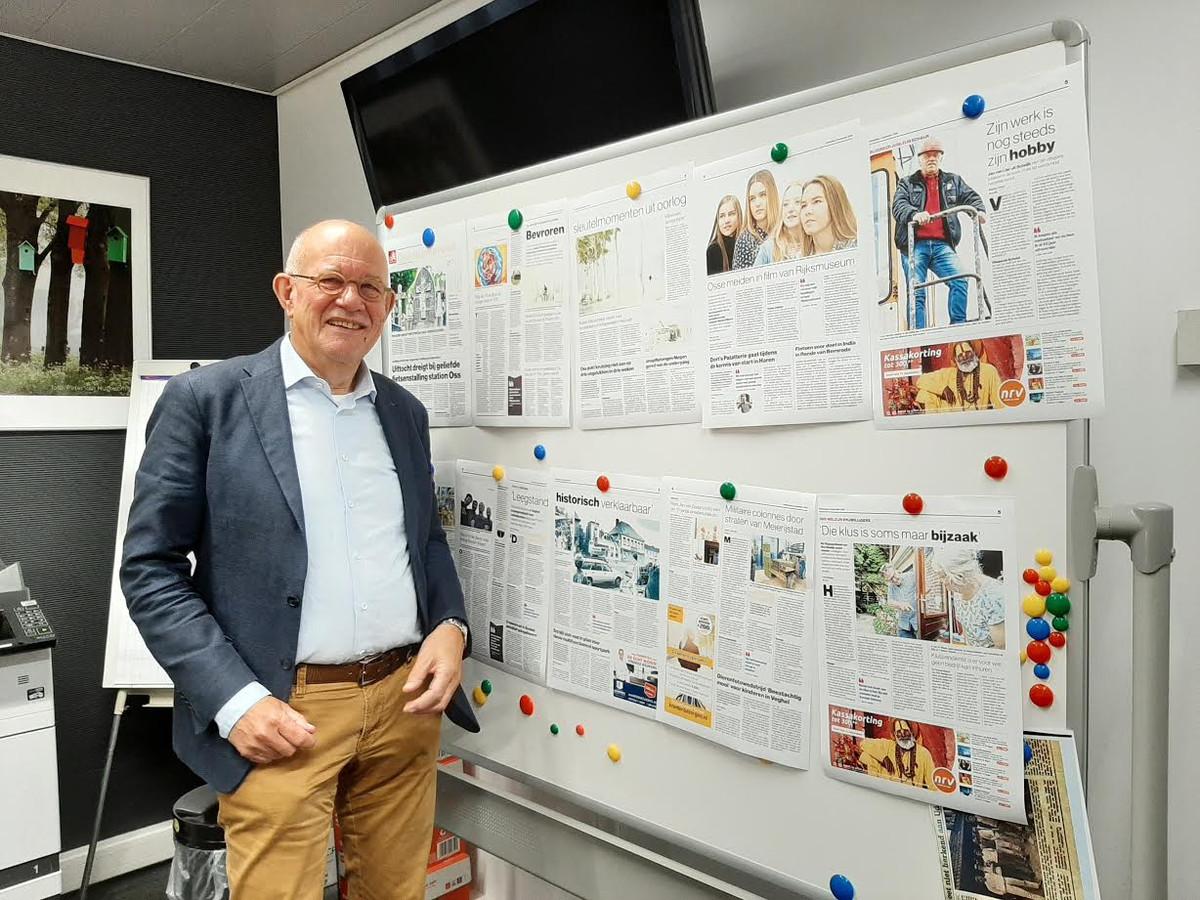 Kees Backx op de redactie in Oss, waar hij regelmatig te vinden is.