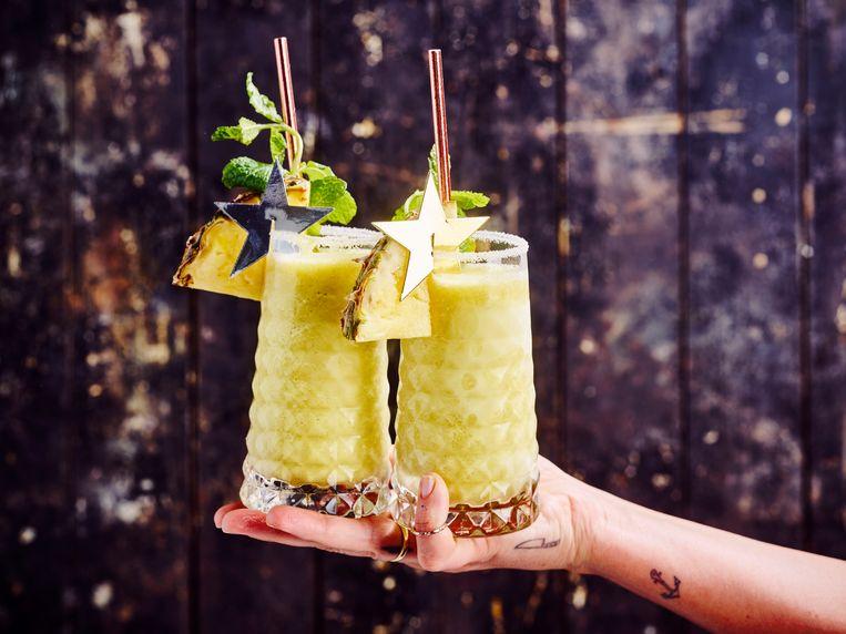 Frozen gin met ananas en munt, een verfrissende en prikkelende creatie van chef Sofie Dumont.  Beeld sofiedumont.be